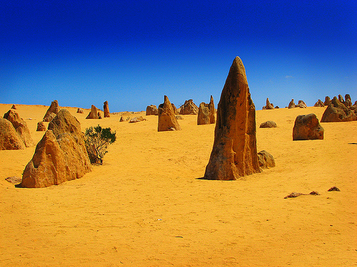 Limestone pillars of Pinnacles Desert, Perth, Australia, photo by Stygiangloom
