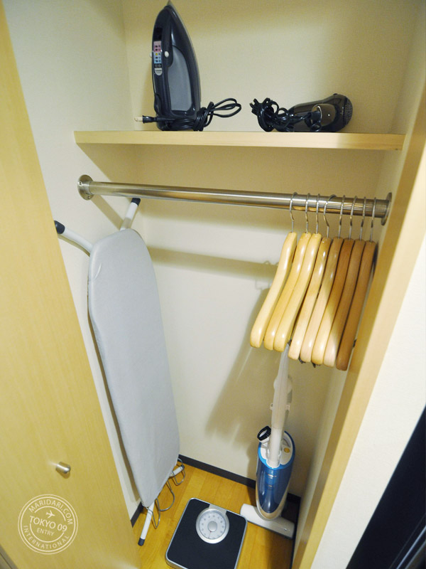 B-SITE Akihabara Apartment in Tokyo, Japan review and images - facilities and amenities include iron, hairdryer, vacuum cleaner